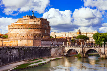 castel: Landmarks of Italy - castello di Sant Angelo in Rome Editorial