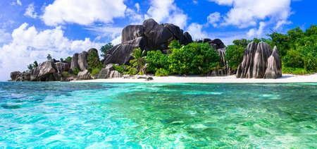 playas tropicales: Uno de los más bellos de playa Anse Source d'Argent. La Digue Island, Seychelles