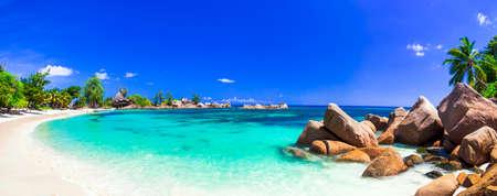 most beautiful tropical beaches - Seychelles, Praslin island 스톡 콘텐츠