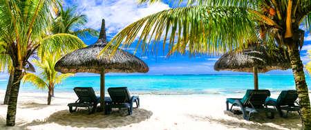 playas tropicales: Tropical vacations.Turqouise mar y playas de arena blanca de la isla de Mauricio.