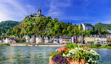 Rhine river cruises and travel - impressive Cochem town, Germany 免版税图像