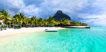 Tropische vakantie - witte zandstranden van Mauritius eiland Stockfoto