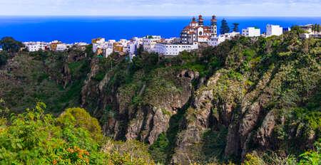 Impressive Moya village over cliffs, panoramic view, Gran Canaria, Spain. Banco de Imagens