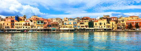 Traditional colorful houses in Chania old town, Crete island, Greece Banco de Imagens