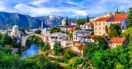 Iconic Mostar town with famous old bridge. Travel in Bosnia & Herzegovina Imagens