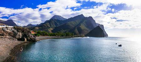 Impressive nature of Grand Canary island. Black beach La Aldea de san Nicolas Foto de archivo