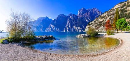 Wonderful autumn scenery. sunny morning in Riva del Garda. Garda lake , northern Italy Publikacyjne