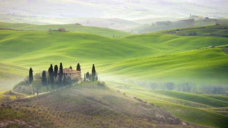 san quirico: Tuscany farmhouse on hill
