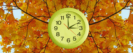 Daylight Saving Time. Wall Clock going to winter time