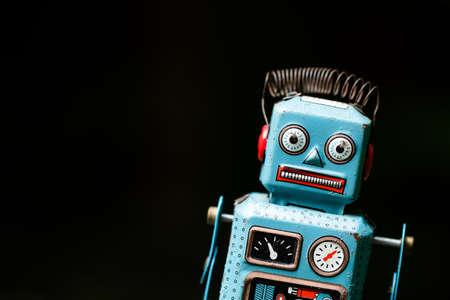 Retro Roboter Spielzeug Standard-Bild - 92133399