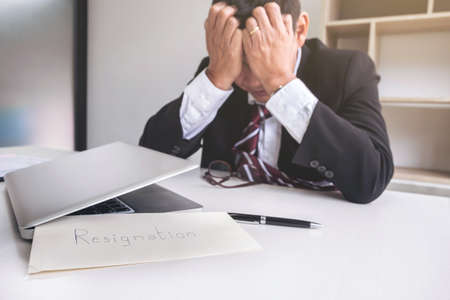 Feeling sick and tired, businessman frustrated and stress to resignation. 版權商用圖片 - 84219409