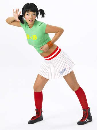 mini skirt: Jeune femme portant mini jupe