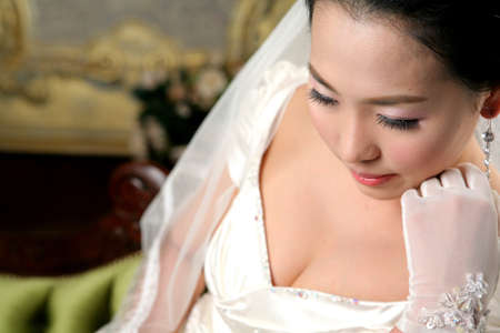 attractiveness: Young woman in wedding dress