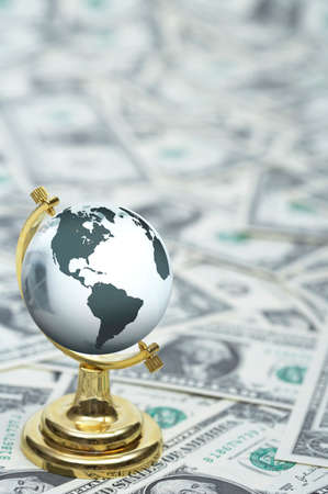 us paper currency: Globe on US paper currency