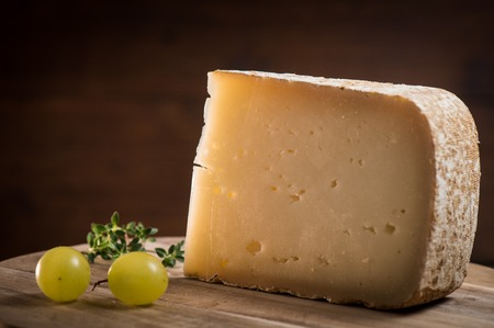 Ossau-Iraty, French cheese, Pyrenees, France Standard-Bild