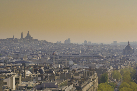 Paris, Basilica Sacré-Cœur and Montmarte, Paris, France Stock Photo - 122079246