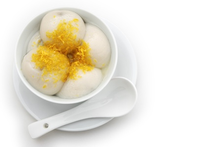 Chinese glutinous rice balls and chrysanthemum petal