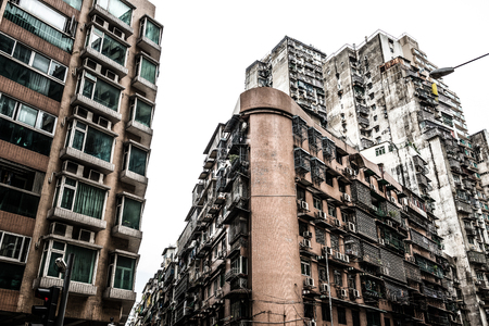 lats: high dense old residential buildings