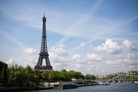 A view of the Eiffel tower from the river Seine. Stock Photo - 5048591