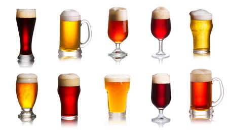 Array von verschiedenen Arten von Bieren. Auswahl an verschiedenen Arten von Bier, Ale Standard-Bild