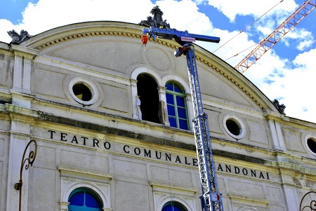 restructuring: restructuring historic theater with crane for moving heavy loads