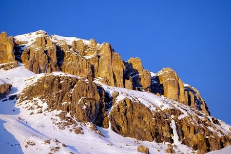 백운석 산, 석양과 푸른 하늘 스톡 콘텐츠