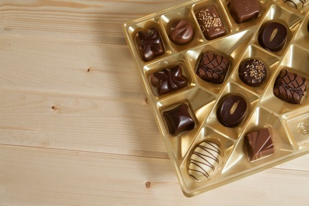a lot of variety chocolate pralines for sweet life Imagens