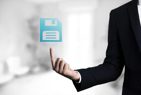 male arm: brazo masculino de negocios hermosa que indica guardar icono.