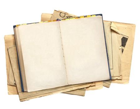 apriva: Vecchio libro. Oggetti isolati over white