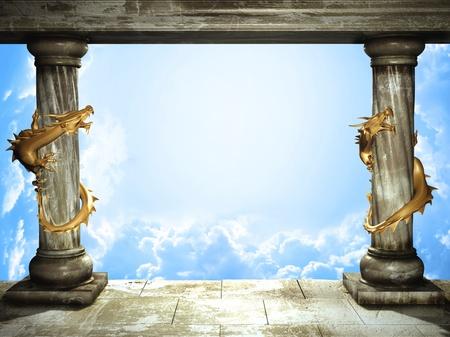 Cadre avec deux colonnes médiévales, les dragons d'or et les nuages