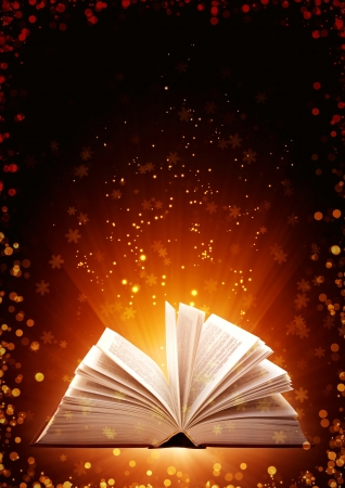 apriva: Natale da favola. Sfondo verticale con libro magico Archivio Fotografico