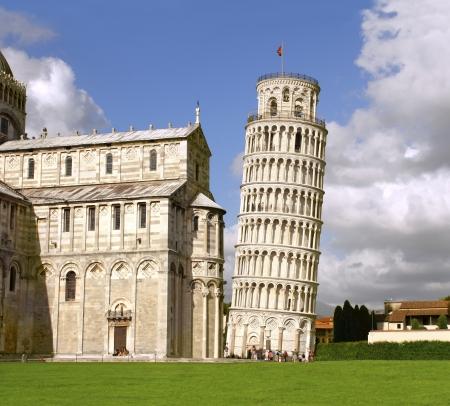 pisa: Scheve Toren van Pisa en de kathedraal, Italië