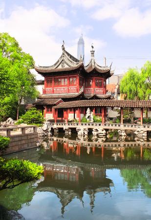 예원 정원 파빌리온과 연못, 상하이, 중국
