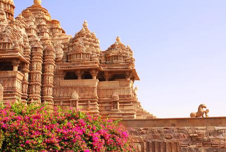デビ Jagdambi 寺院、インド、マディア ・ プラデーシュ州カジュラホの西寺院 写真素材