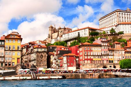 ribeira: Houses and cathedral in old part of Ribeira, Porto, Portugal