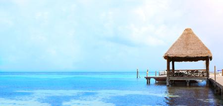 Jetty in Caribbean sea, Cancun, Mexico, America 스톡 콘텐츠