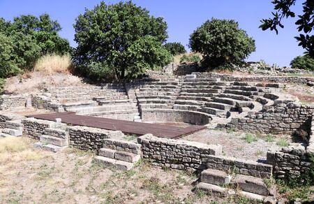 Odéon (Bouleuterion), petit théâtre de concert et la Maison de l'Assemblée dans l'ancienne ville de Troie, Province de Canakkale, Turquie.
