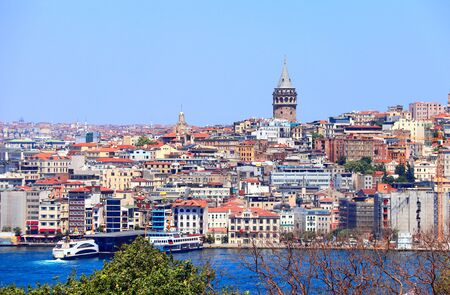 View from Topkapi palace on Galata Tower and Beyoglu district,  Istanbul, Turkey 版權商用圖片