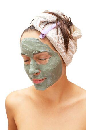 cremas faciales: Hermosa mujer con m�scara de arcilla