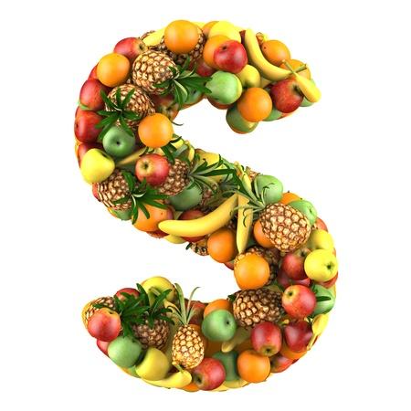 letra s: Carta - S hecha de frutas aisladas sobre fondo blanco