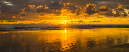 A beautiful cloudy sunset falls over the vast Pacific ocean in the southern part of Costa Rica Reklamní fotografie