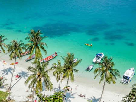 トロピカルなラグーン、アーントーン海洋公園、タイの空撮