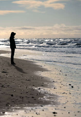 seacoast: The lonely girl costs on seacoast