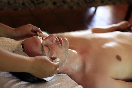 bali massage: Man make massage of the face