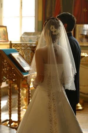 church flower: Prima della cerimonia di nozze - interno della Chiesa