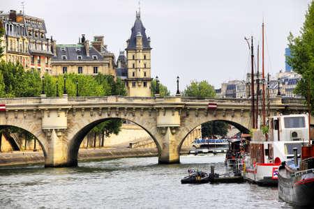 Visualizzare a Parigi architettura fatta dal fiume Siene Archivio Fotografico - 8157601