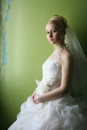contestant: Beautiful bride in dress with flowers