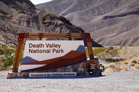 golf of california: Death Valley National Park Gate. Desert Valley, USA