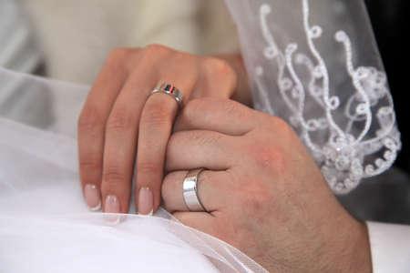 El novio de la novia para mantener las manos