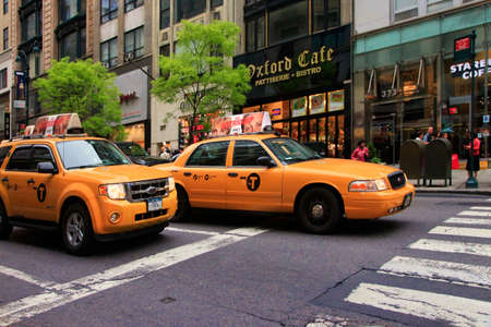 NEW YORK CITY, NEW YORK, USA - MAY 19, 2013: Taxis Piled Up In Traffic On 5th Avenue, Manhattan In Front Of The Oxford Cafe. New York